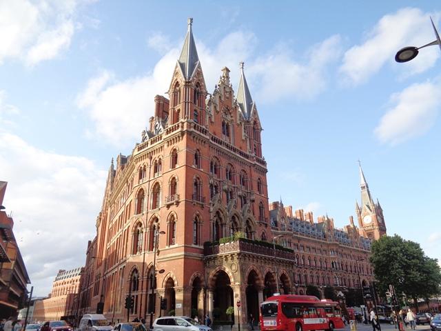 Let's go to LONDON 1stpan11