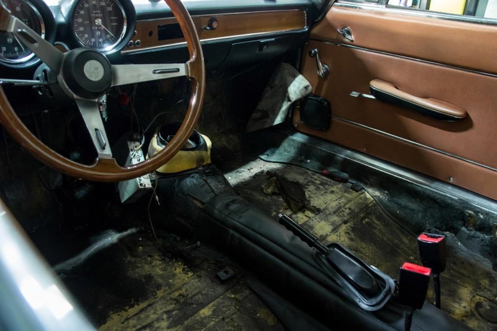 Alfa Roméo 1600 GT Junior 1974 Blu Olandese Dsc08811