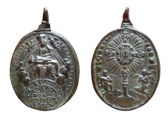 Piedad de Vilgertshofen de Landsberg / Cruz de San Benito- S. XVIII 74210