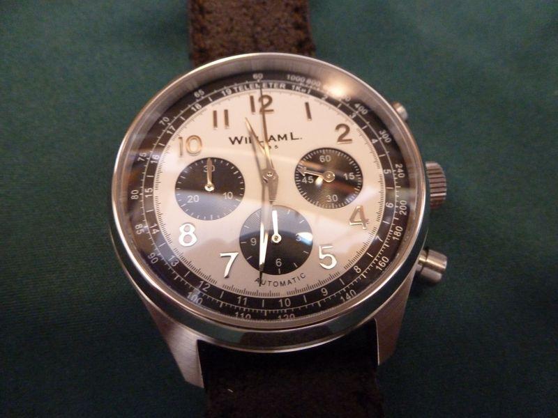 ZENITH -  [Postez ICI les demandes d'IDENTIFICATION et RENSEIGNEMENTS de vos montres] - Page 16 P1080411