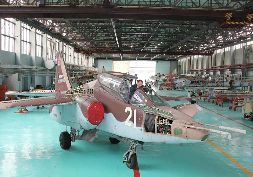 Su-25 attack aircraft  - Page 13 23_b10