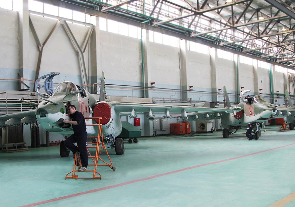 Su-25 attack aircraft  - Page 13 32_b10