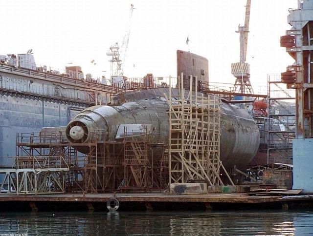 Project 877/636: Kilo class SSK - Page 24 Alrosa10