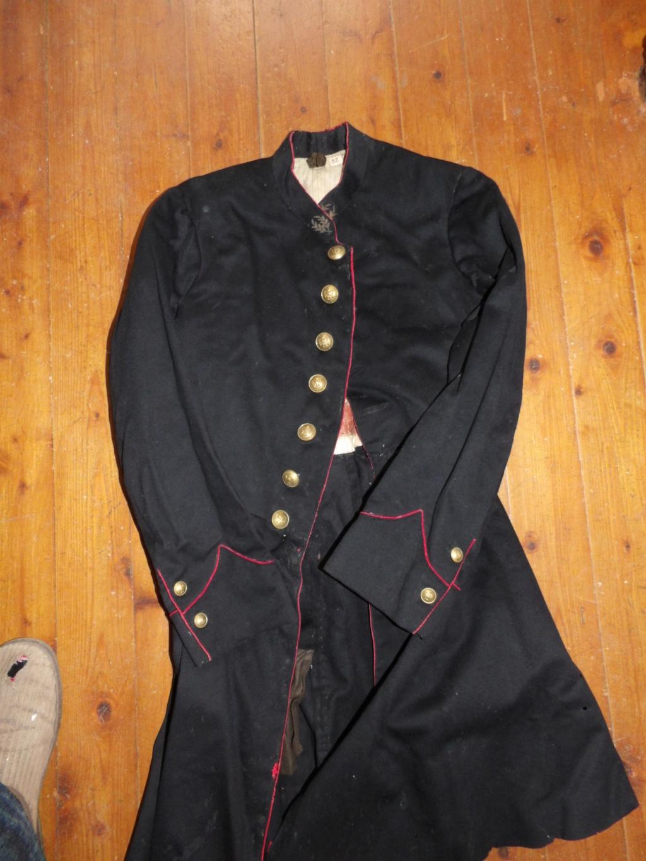 D'où vient dans cet uniforme?  100_0410