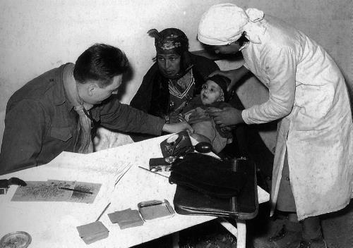 Ébauche uniforme medic en Algérie  Guerre11