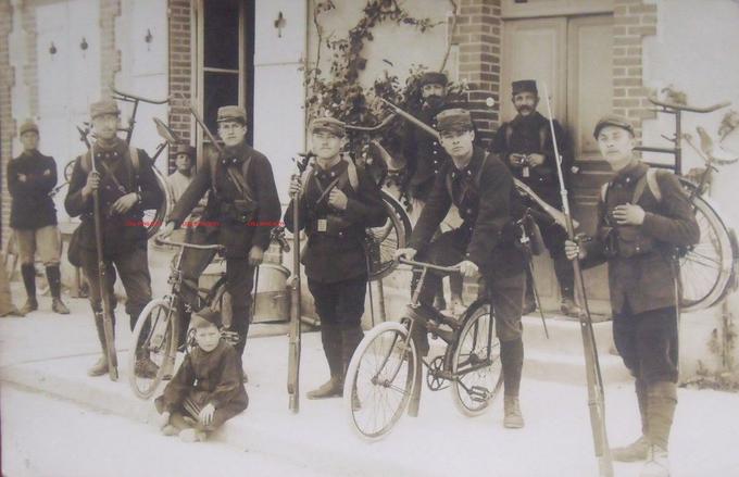 Peugeot - pliant Capitaine Gerard ,  model 1912  ww1 Yy10