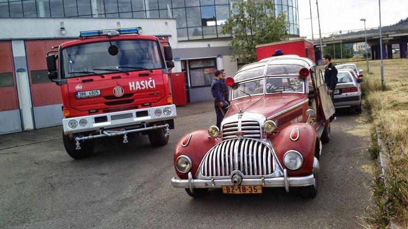 Horch 853 AS 12 Lepil de 1938 – Une voiture de pompier unique Xhorch10