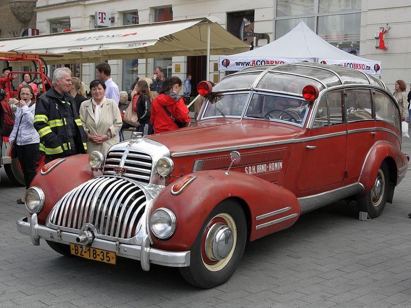 Horch 853 AS 12 Lepil de 1938 – Une voiture de pompier unique Xhorch13
