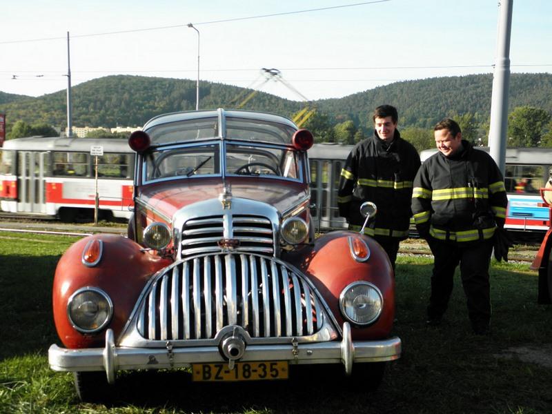 Horch 853 AS 12 Lepil de 1938 – Une voiture de pompier unique Xhorch22