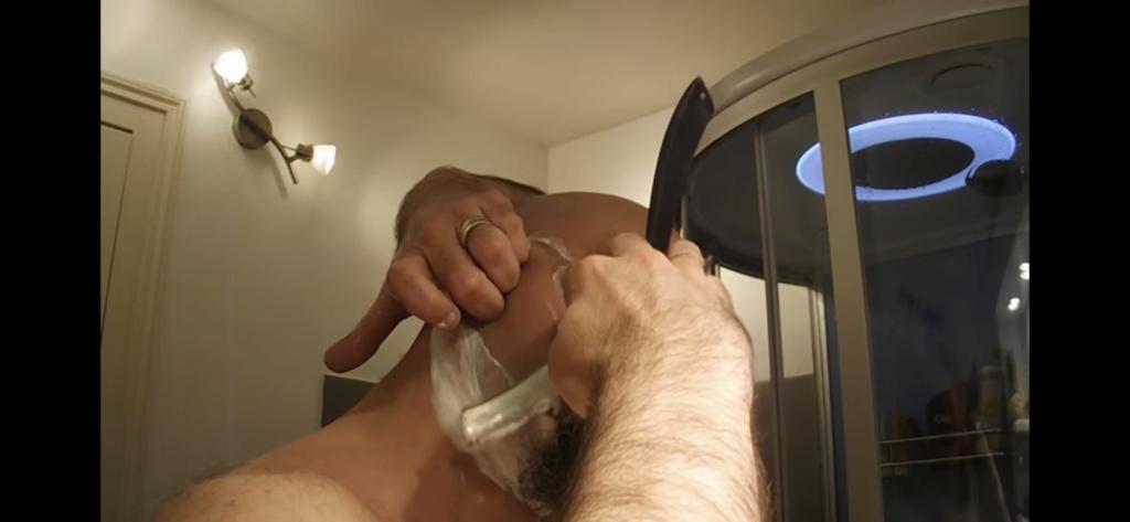 Qu'avez-vous retenu de votre dernier rasage ? - Page 6 D6052b10