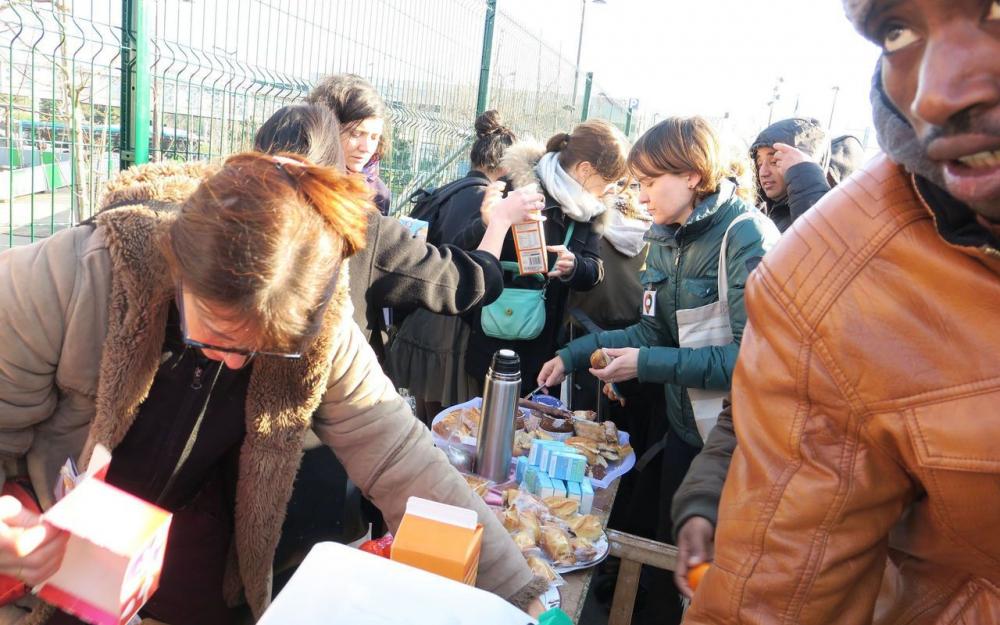 Paris : à La Chapelle, Solidarité migrants jette l'éponge A15