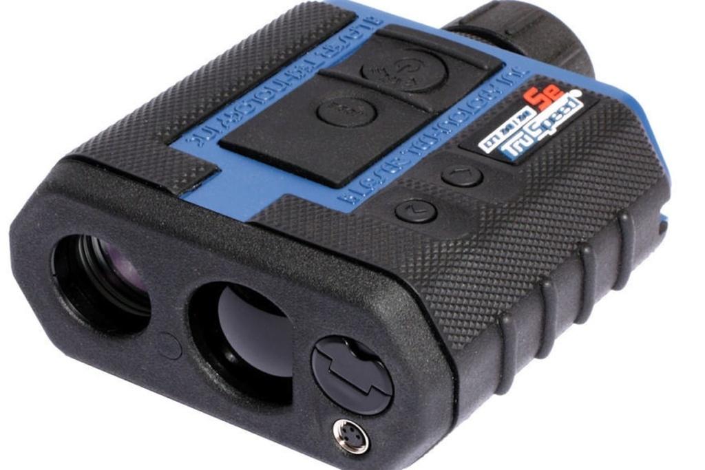 Radar de poche : les mini-jumelles de « sniper » entrent en service Truspe10