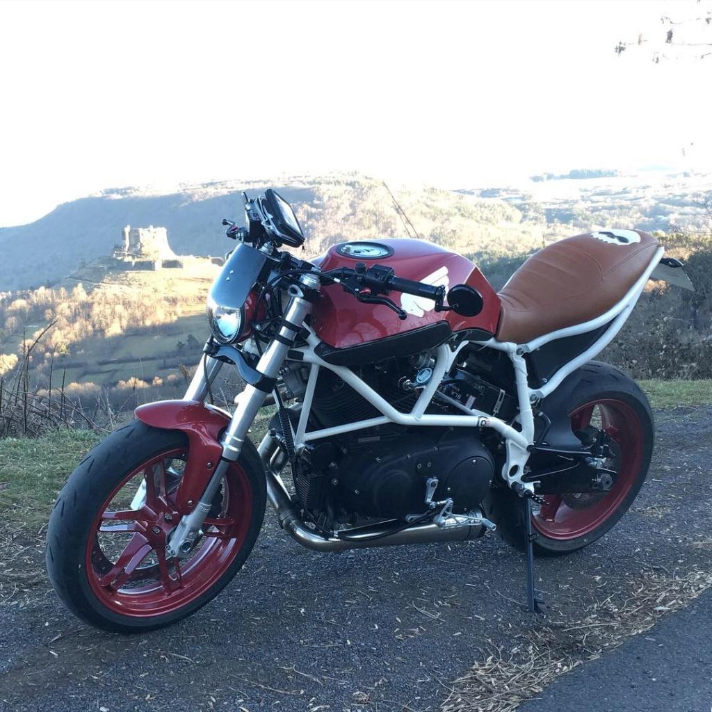 une Buell X1 en Auvergne 1er_ba11