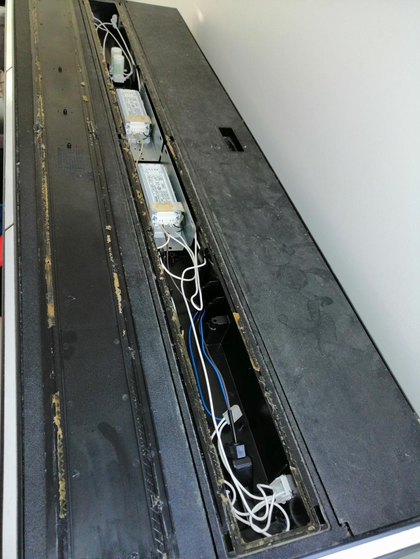 Rampe roma 240 / passage t5 ou Led. Img_2012