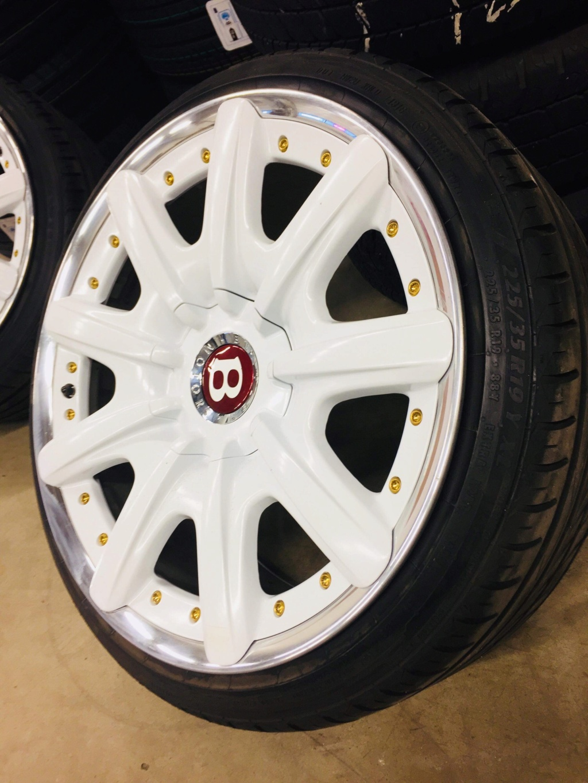 Myydään: Bentley Mulliner 9x19  1a987510