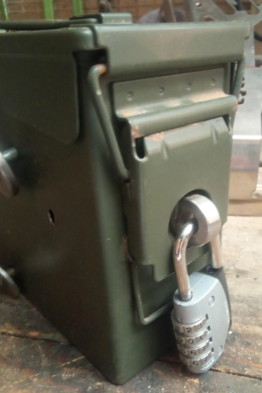 Ajout d'une caisse à outil sur Quadro 4 steinbock S1011