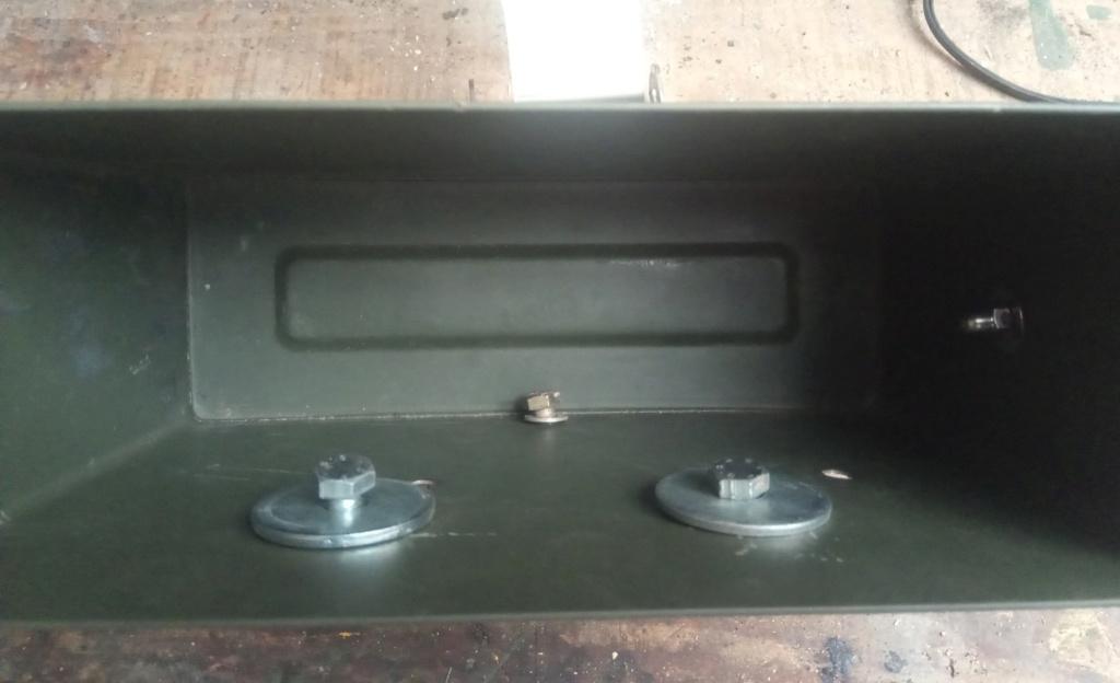 Ajout d'une caisse à outil sur Quadro 4 steinbock S4a12