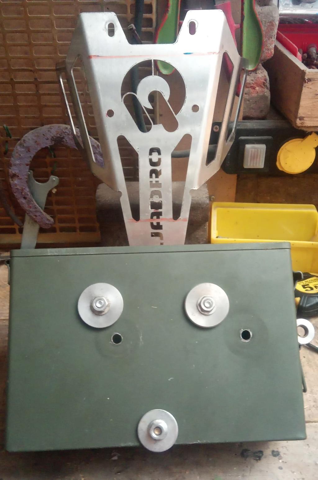 Ajout d'une caisse à outil sur Quadro 4 steinbock S612