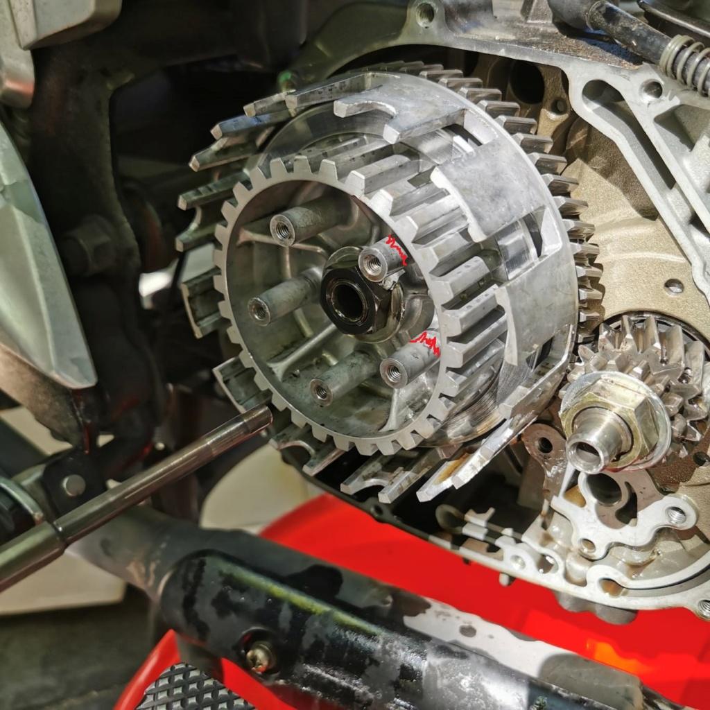 Problemas con la sustitución de caja de cambios RKV 125 Tuerca10