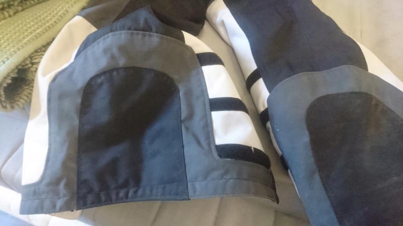 réparer pantalon revit Dsc_0013