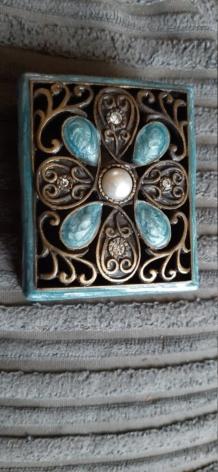 Matchbox size metal box  16050812