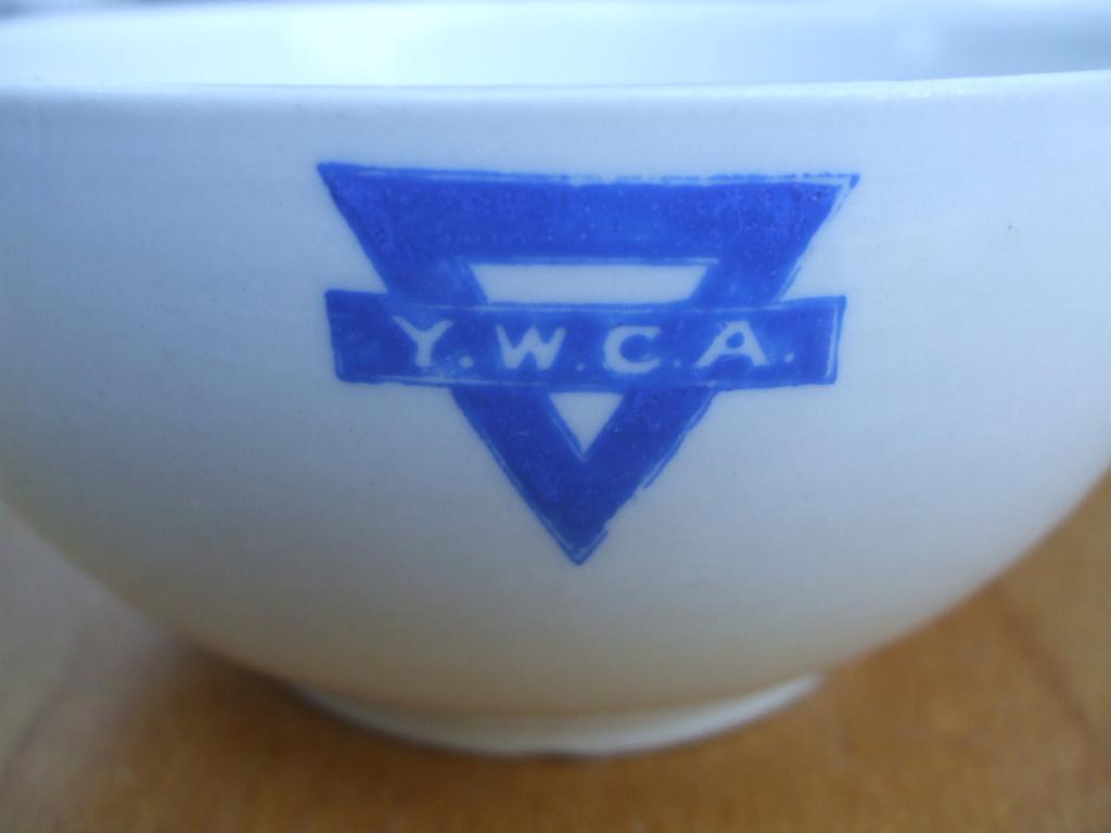 Crown Lynn - YWCA Bowls 1968. 03111