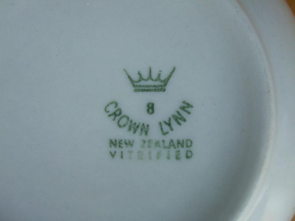 Crown Lynn - YWCA Bowls 1968. 03511