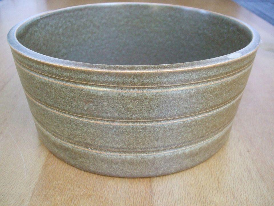 Temuka Riverstone - Large Serving Bowl. 06012010