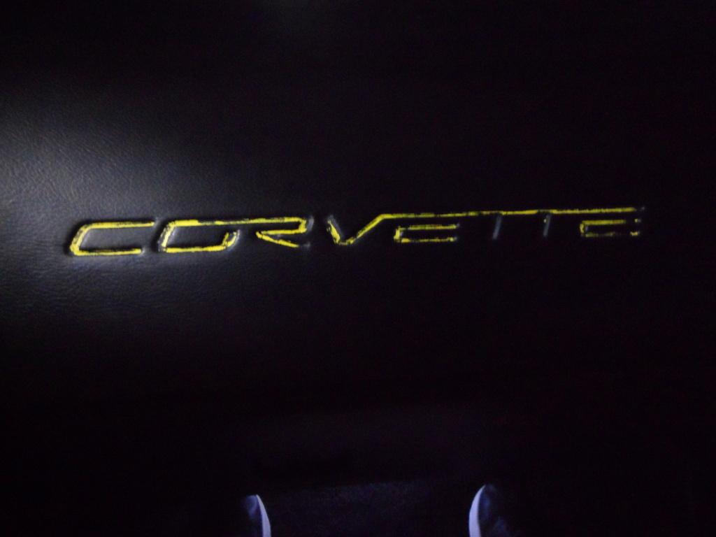 Lettres Corvette sur tableau de bord  Sam_8814