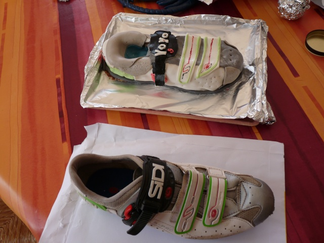 Chaussures et Boite à chaussures - Page 4 01210