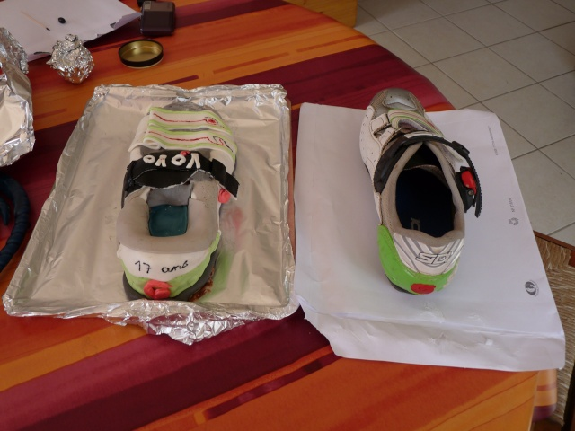 Chaussures et Boite à chaussures - Page 4 01310