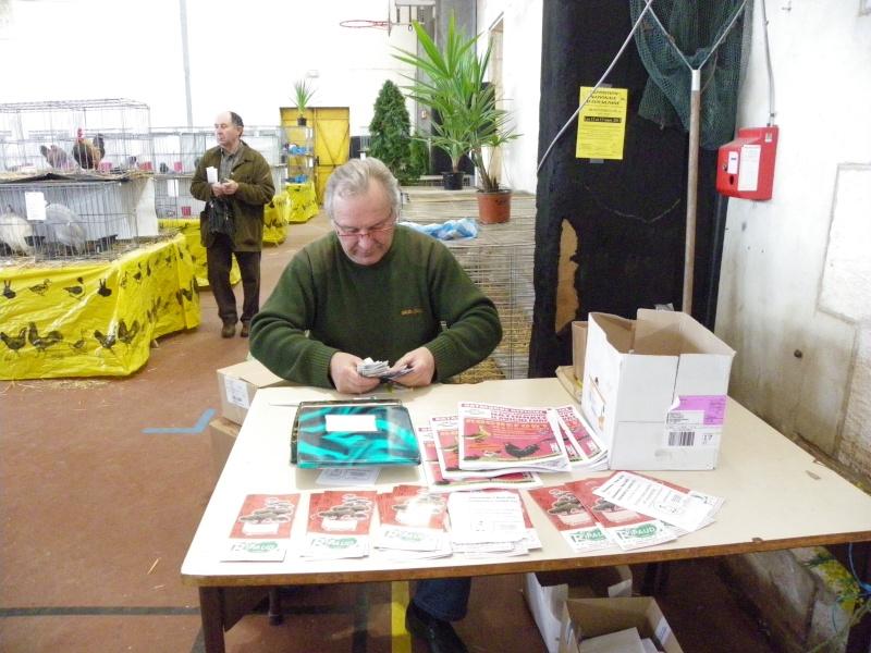 Exposition nationale d'aviculture : Rochefort le 26 et 27 février 2011 Imgp5910