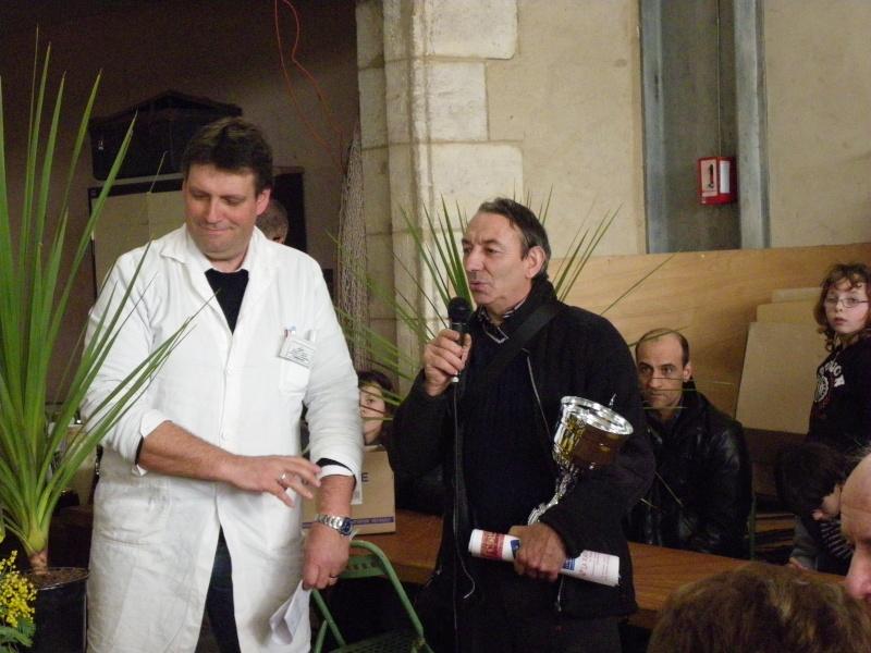 Exposition nationale d'aviculture : Rochefort le 26 et 27 février 2011 Imgp6120