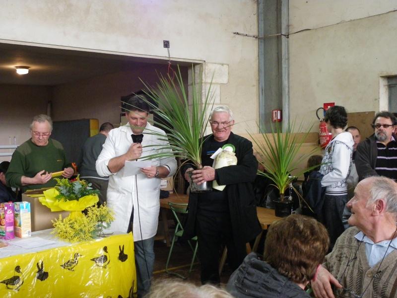 Exposition nationale d'aviculture : Rochefort le 26 et 27 février 2011 Imgp6122