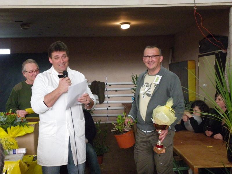 Exposition nationale d'aviculture : Rochefort le 26 et 27 février 2011 Imgp6127