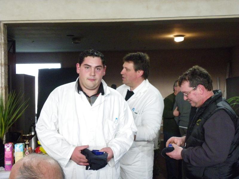 Exposition nationale d'aviculture : Rochefort le 26 et 27 février 2011 Imgp6132