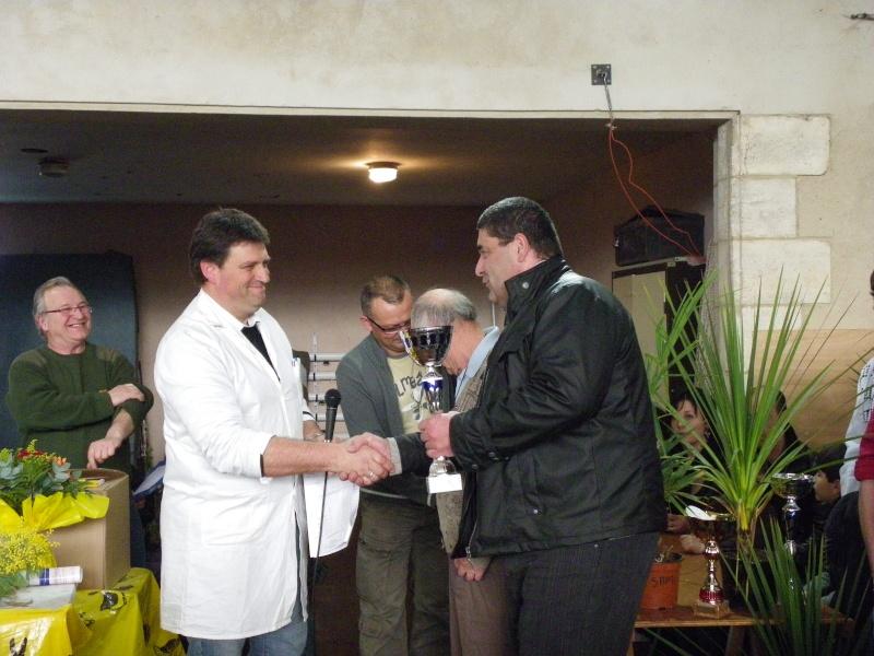 Exposition nationale d'aviculture : Rochefort le 26 et 27 février 2011 Imgp6134