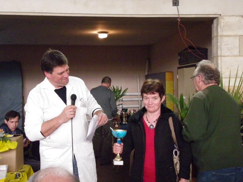 Exposition nationale d'aviculture : Rochefort le 26 et 27 février 2011 Imgp6135
