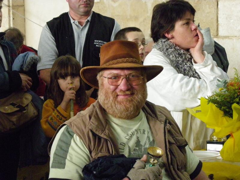 Exposition nationale d'aviculture : Rochefort le 26 et 27 février 2011 Imgp6142