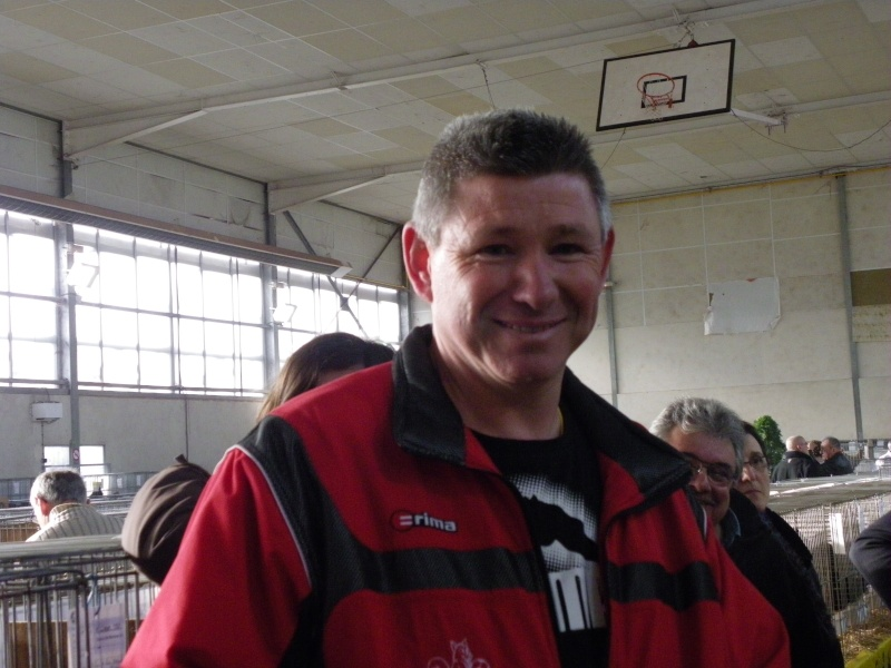Exposition nationale d'aviculture : Rochefort le 26 et 27 février 2011 Imgp6145