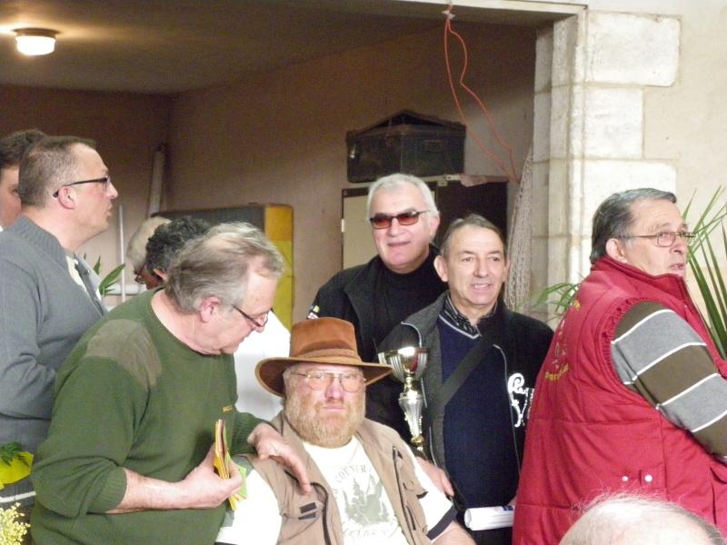 Exposition nationale d'aviculture : Rochefort le 26 et 27 février 2011 Imgp6148