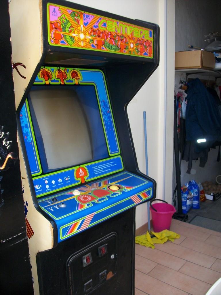 [For Sale] Original Atari Centipede Imgp0114