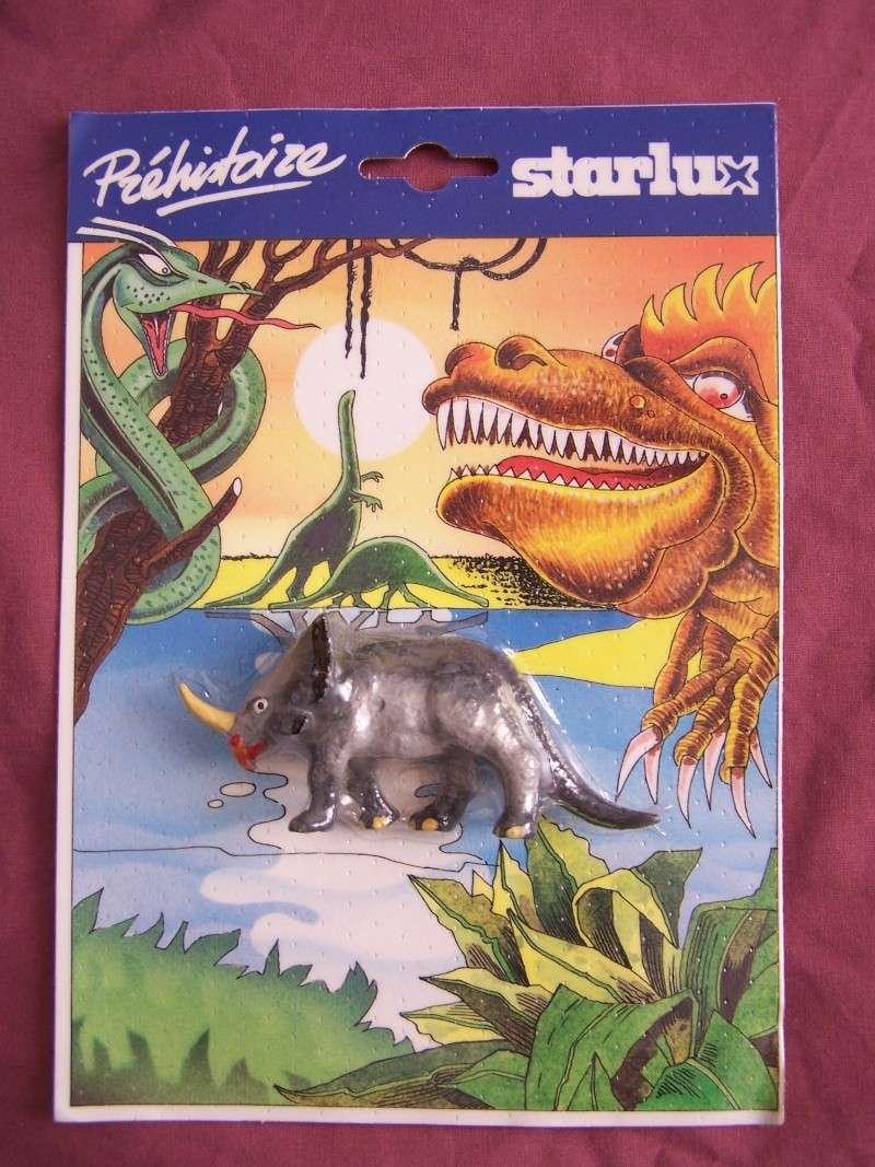 Les figurines Starlux : préhistoire, animaux, soldats etc... 100_5717