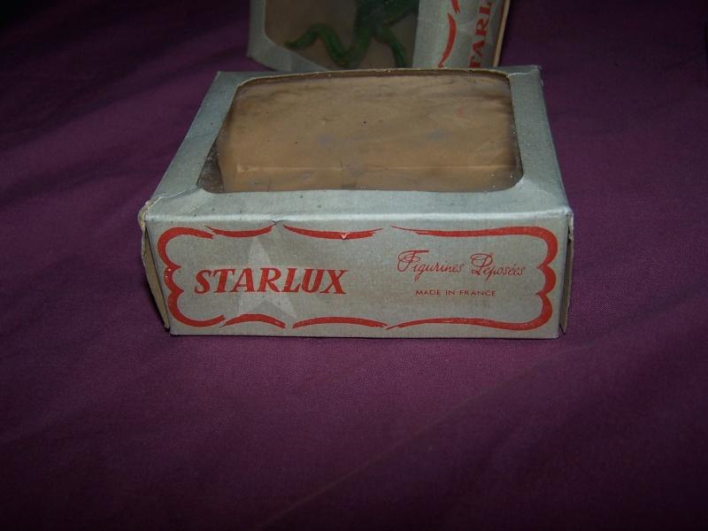 Les figurines Starlux : préhistoire, animaux, soldats etc... 100_5822