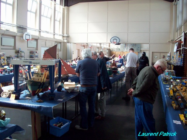 Expo Seraing pentecote 2010 organisée par le club Jemeppe modelism 100_4118