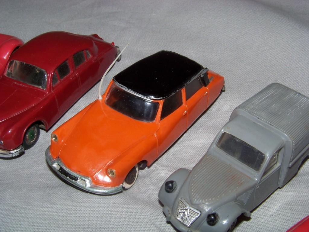 [Norev] Retrouvailles... avec mes petites voitures Norev en 2010. 100_6211