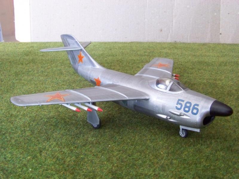 "[Lindberg] - ""Russian MiG 19"" 100_6426"