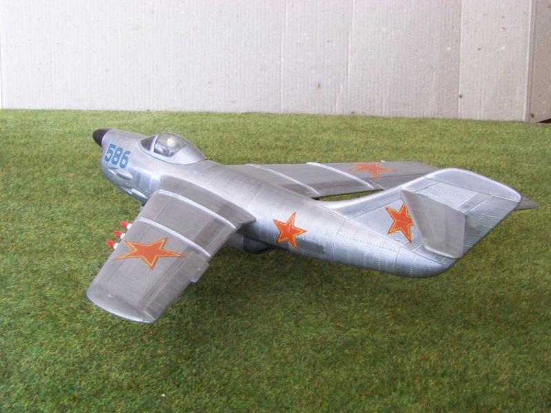 "[Lindberg] - ""Russian MiG 19"" 100_6427"