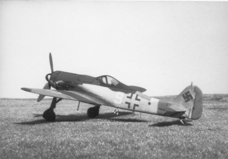 [Airfix] Focke Wulf Fw 190 D-9, 1978 Focke_14