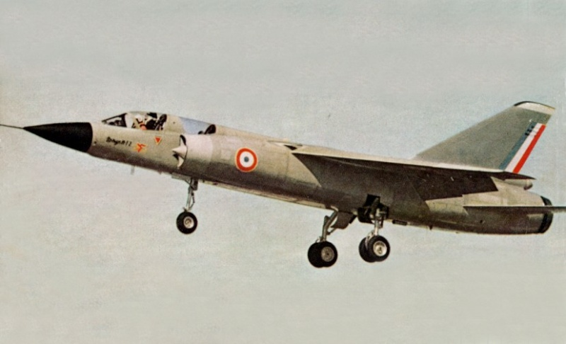 Ouatife - BAC TSR 2 Airfix - 1/72 Img_0085